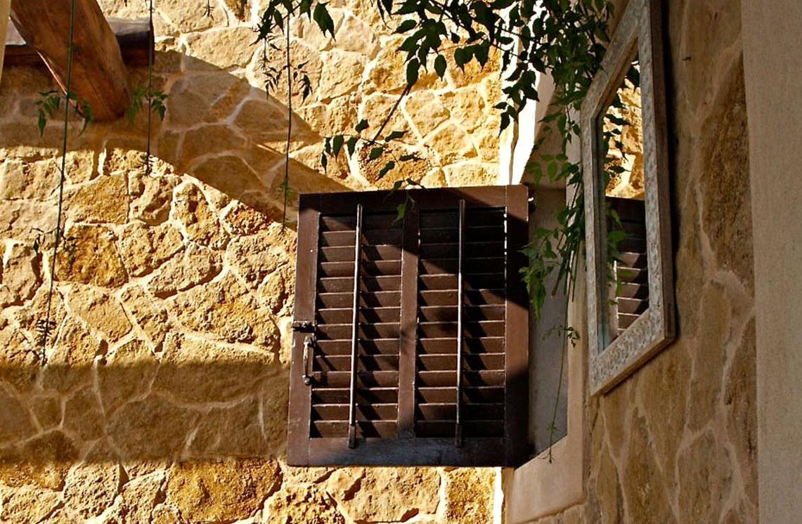620-alquiler-villa-cala-dhort-ibiza-13