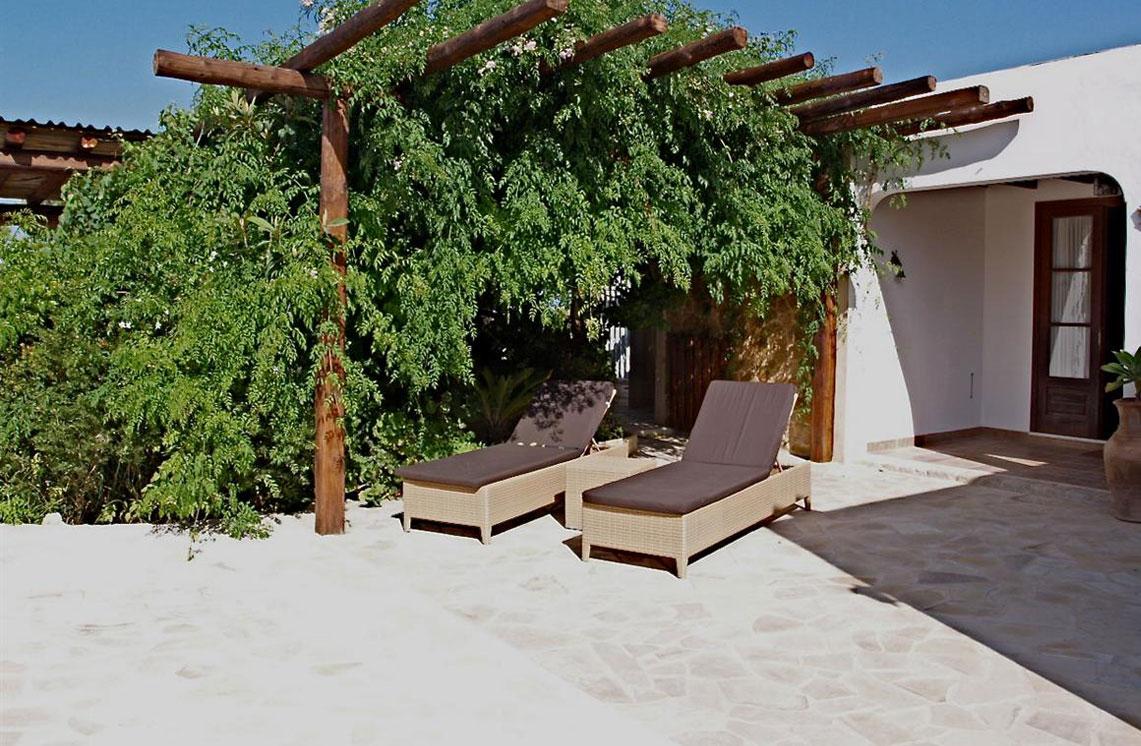 620-alquiler-villa-cala-dhort-ibiza-19