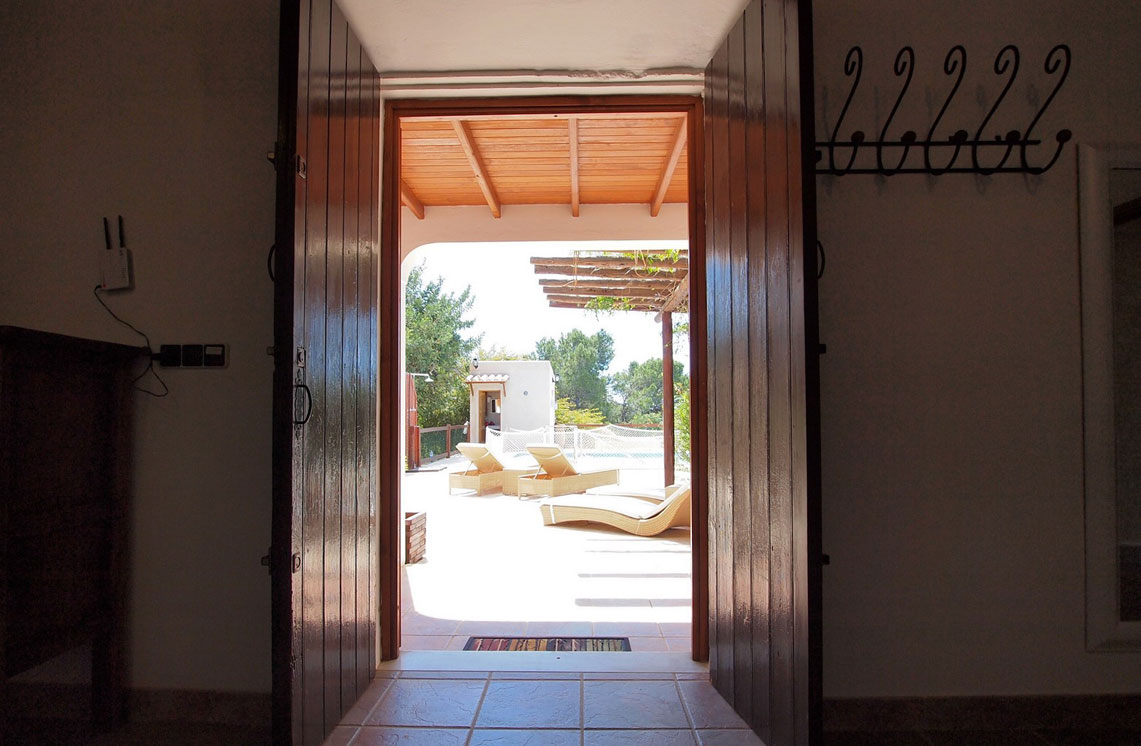 620-alquiler-villa-cala-dhort-ibiza-21