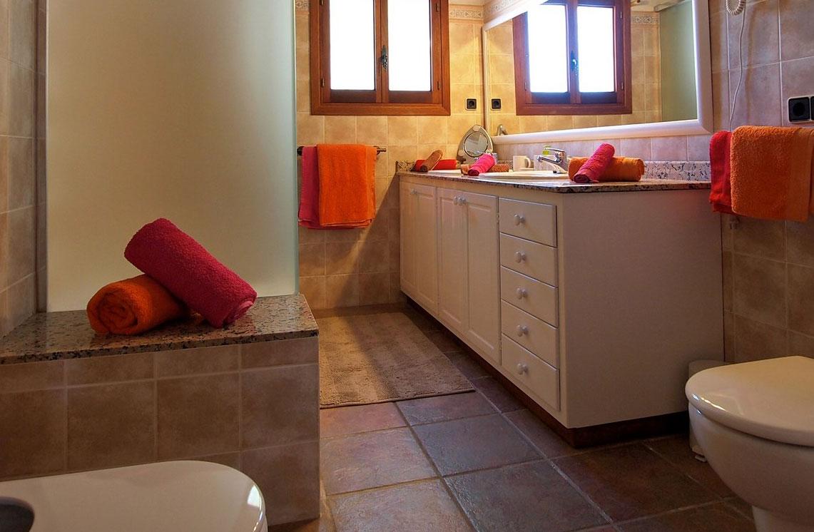 620-alquiler-villa-cala-dhort-ibiza-33