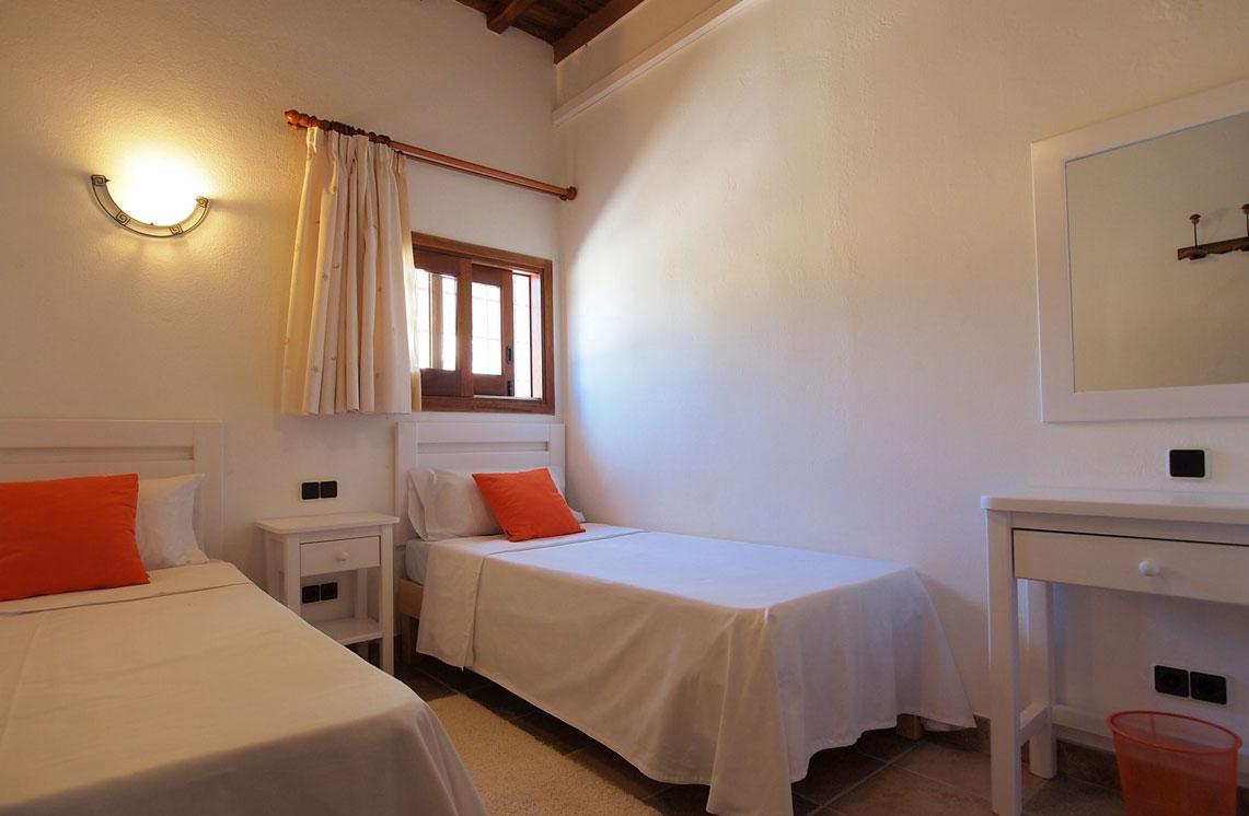 620-alquiler-villa-cala-dhort-ibiza-34