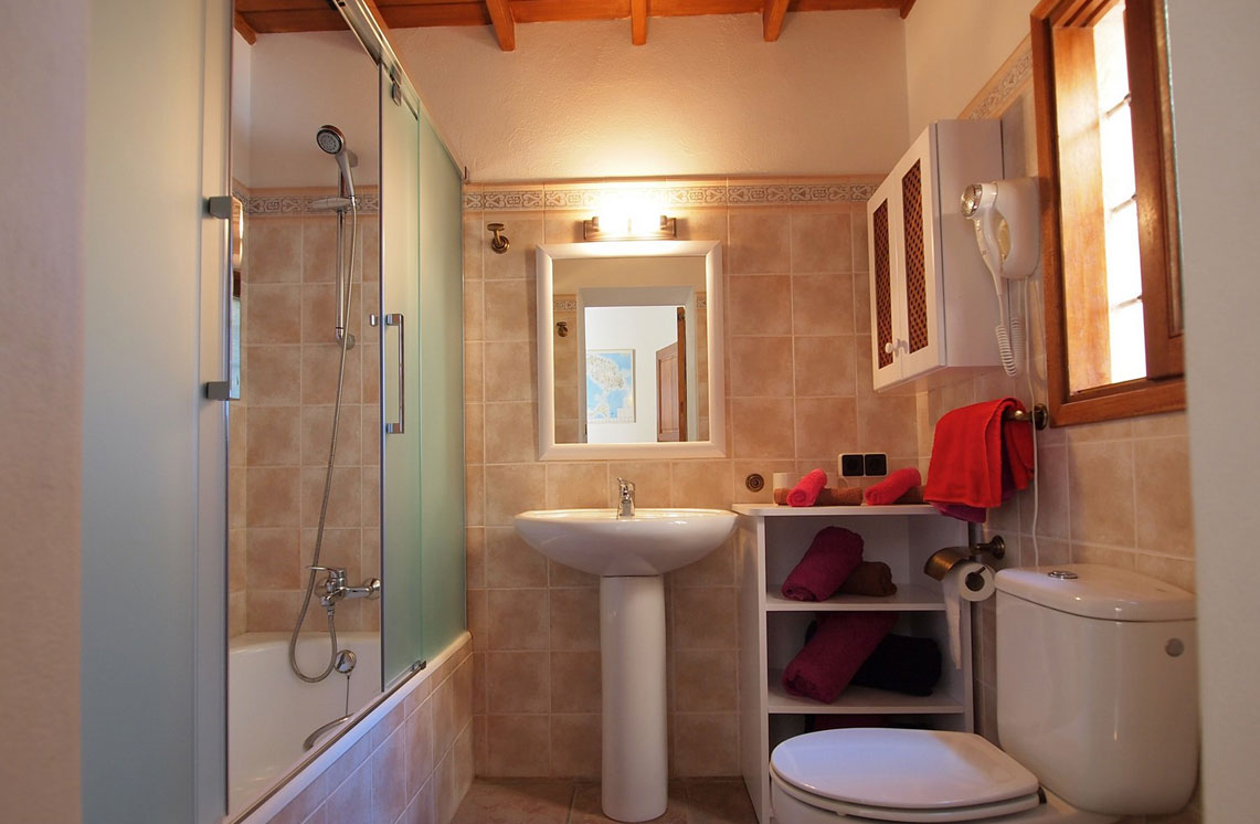 620-alquiler-villa-cala-dhort-ibiza-36