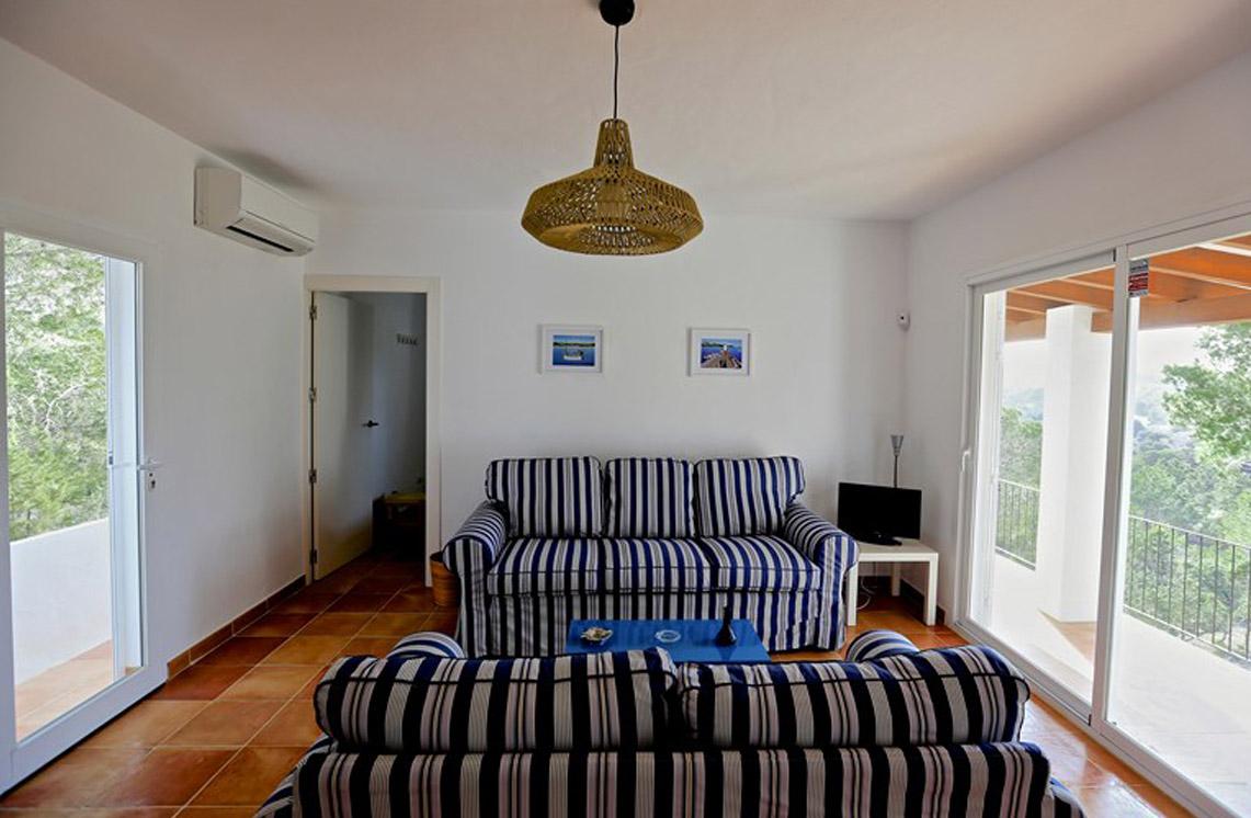 Villa-315-cala-bassa-ibiza-17