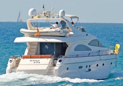 astondoa-72-dolce-vita-barcos2016